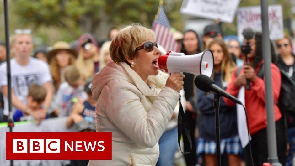 Mask mandates cause fierce debates as US students go back to school – BBC News